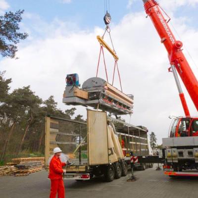 Hüffermann Mobilkran bis 220 Tonnen