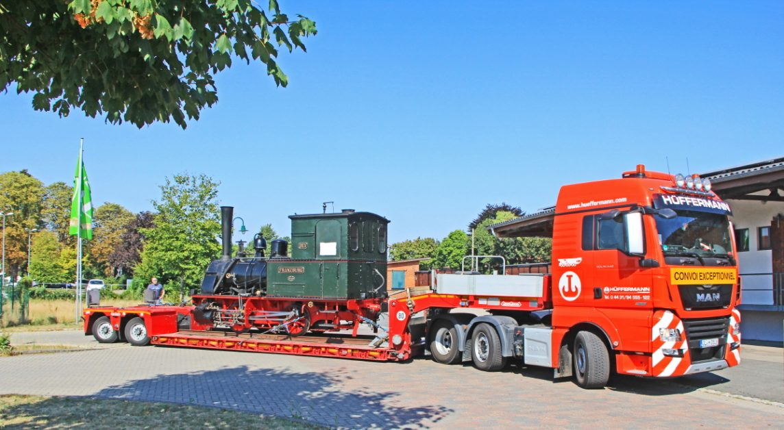 schwertransport-hueffermann-ueberfuehrung-guetertransport