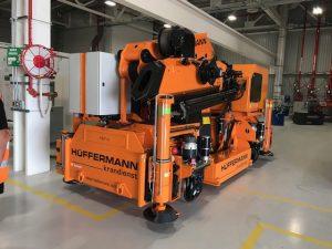 hueffermann-elektrokran-sondermontagen-roboterwechsel-hueffermann