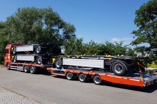 Spezialtransporte, Hüffermann, Plateauzug