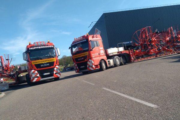 Spezialtransporte, Transport, Hüffermann, Landmaschinen, Überführung