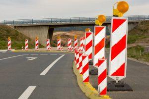 verkehrslenkende Maßnahmen, Verkehrssicherung, Absperr- und Verkehrstechnik von Hüffermann