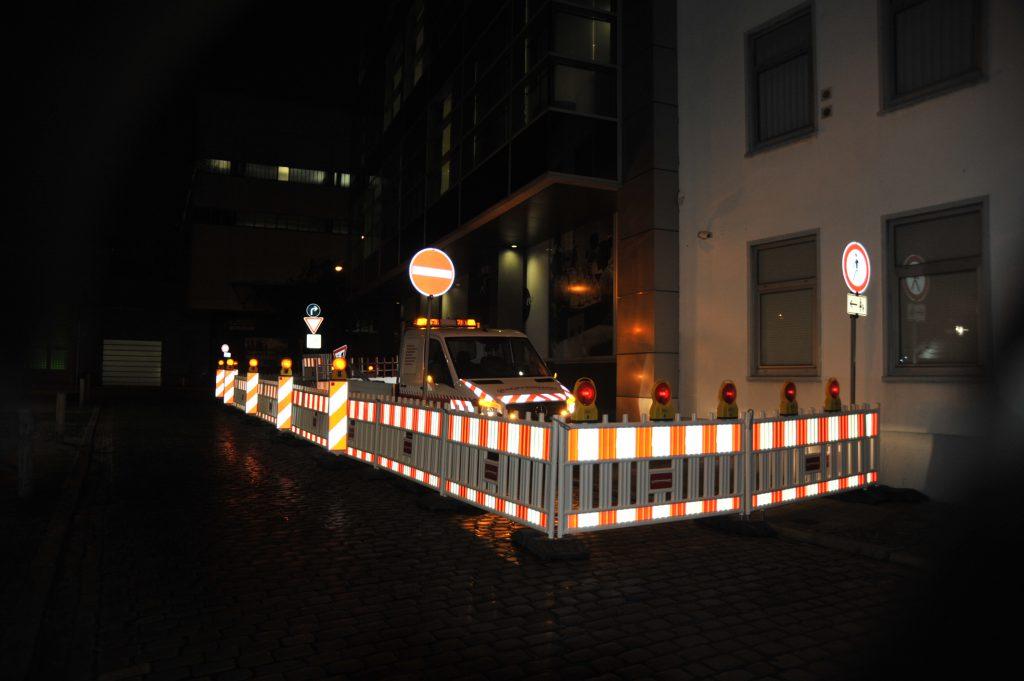 Baustellensicherung und Verkehrsleitende Maßnahmen von Hüffermann