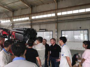 Schulung VW China - Sondermontagekran für Automobilindustrie