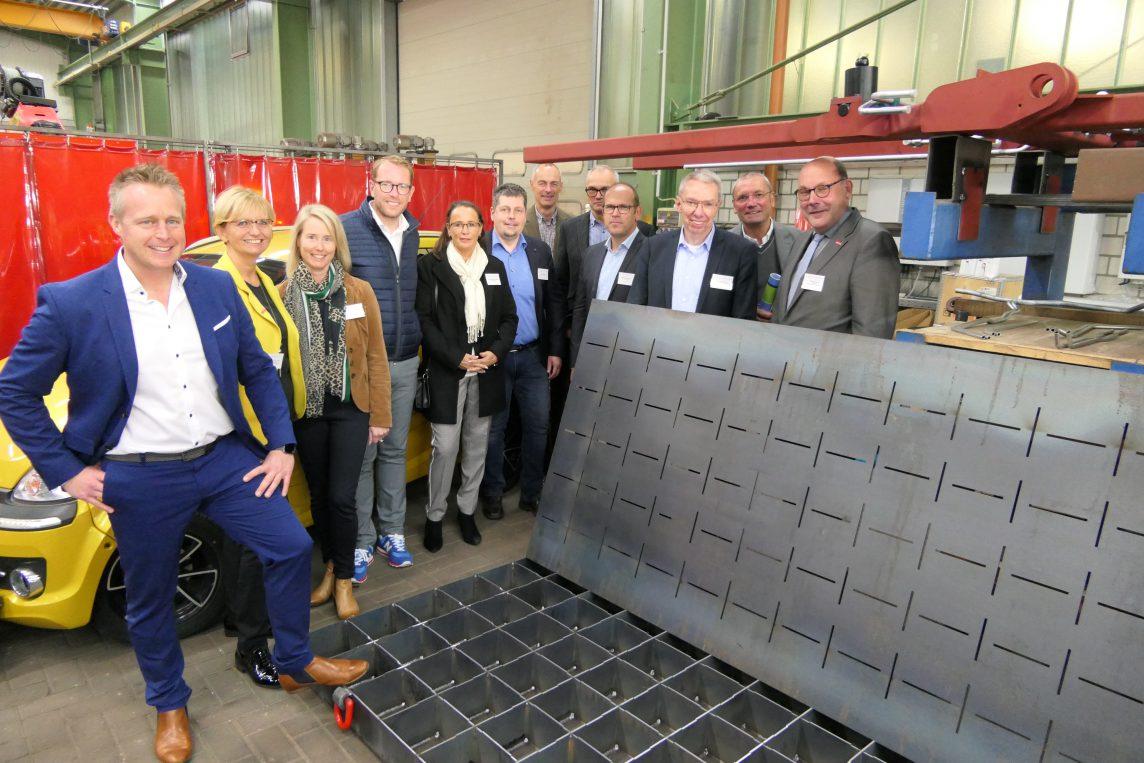 Innovationstour Handwerkskammer bei Hüffermann Kranabstützplatten