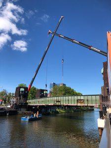 Kran mieten Oldenburg - Rückbau Cäcilienbrücke Hüffermann Kranunternehmen