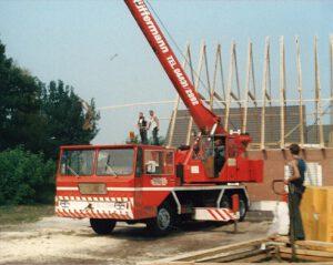Mitarbeiter Hüffermann - Mobilkran der 80er - Kranarbeiten