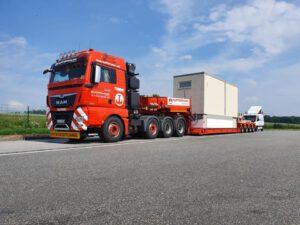 Transport - Hüffermann Spedition und Schwerlastlogistik - Begleitfahrzeuge