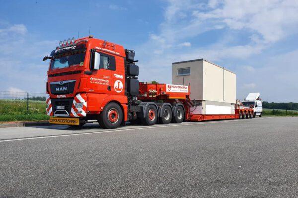 Transport - Hüffermann Spedition und Schwerlastlogistik - Begleitfahrzeug BF3