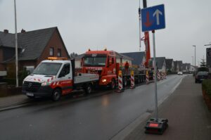 Verkehrstechnik - Verkehrssicherung mit Hüffermann Krandienst